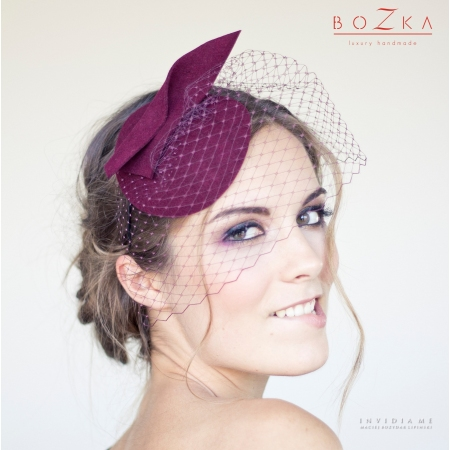 Burgundy mini hat with veil