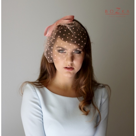 Peach veil in dots with bow