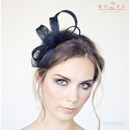 Black, twisted fascinator