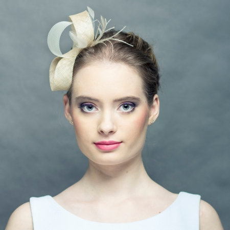 Beige fascinator with...