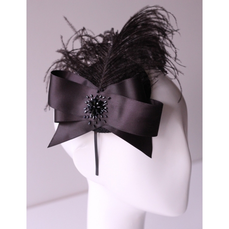 Fascinator in style of the 20'