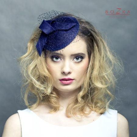 Small navy cocktail hat...