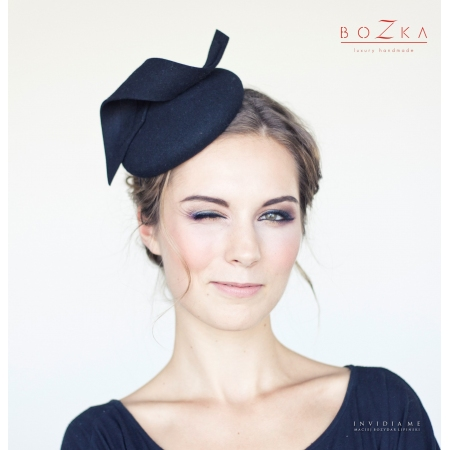 "Black pill box hat ""Emma"""