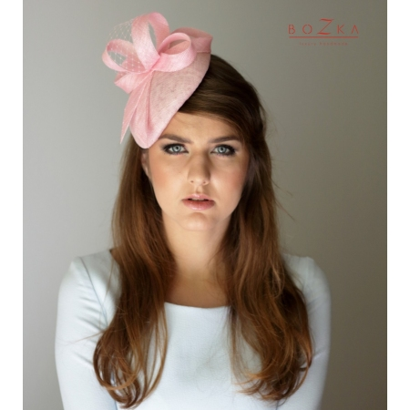 Pink coctail hat with bow