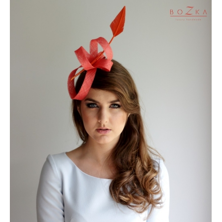 Fascinator with arrow in...