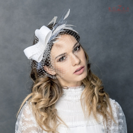 Bridal silk fascinator bow.