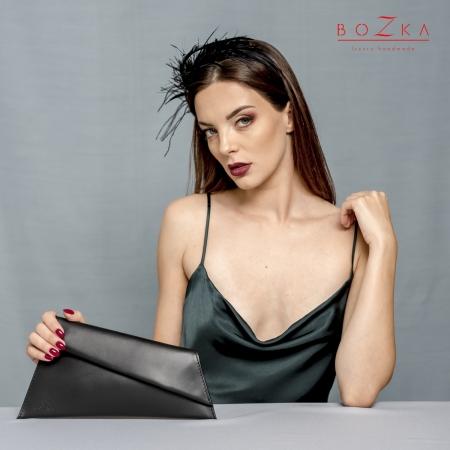 Black leather minimal...