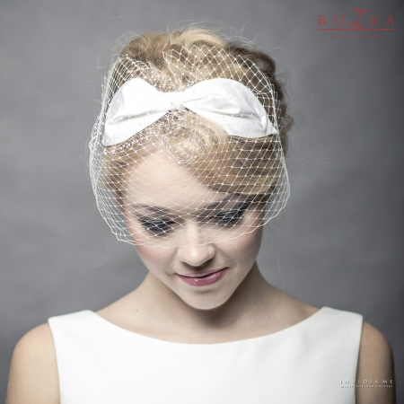 Bridal headband with bow...